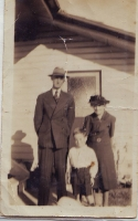 Jack and Martha Smith with Ralph Smith Beerburrum